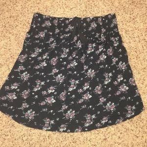 Cotton, flowy mini skirt!